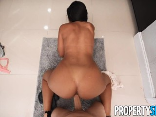 PropertySex Attractive Curvy Latina Real Estate Agent with Amazing Ass Bangs Handyman in Kitchen