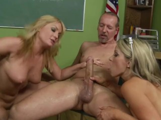 A huge old cock for a wet pussy...