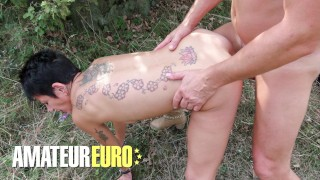 SCAMBISTIMATURI - Kinky Italian Mature Lady Gets Fucked In The Ass Outdoor - AMATEUREURO
