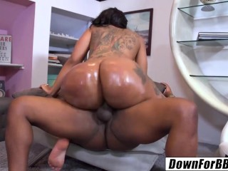Down for bbc bunz 4 ever titanic ass...