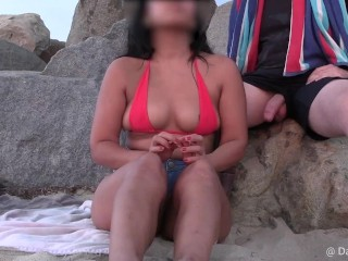 Flash next to bikini babe watching sunset jerking...