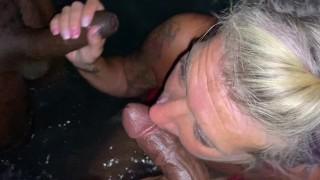 Hot tub Milf Double Blowjob